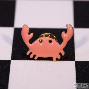 Badge (Crab)